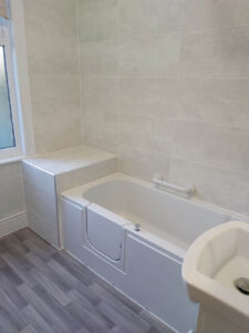 Walk-in bath fitted Leicestershire