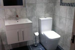 Hotel bathroom installation