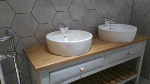 Double Basin Unit Bathroom